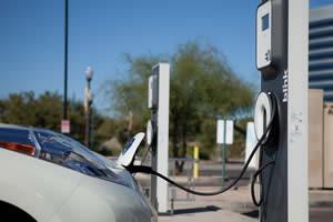 electric cars plug-in