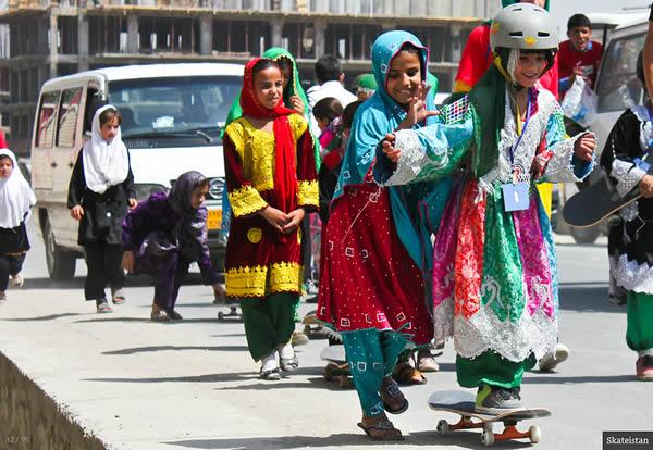 Skateistan - Girls Skateboarding