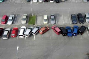 20 Drivers Who Parked Like An Idiot | But Did Not Get Away With It
