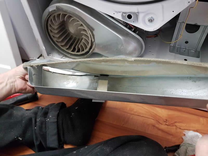 Cleaning Dryer Lint System 011